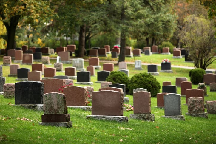 Cemetery Against Lawsuits